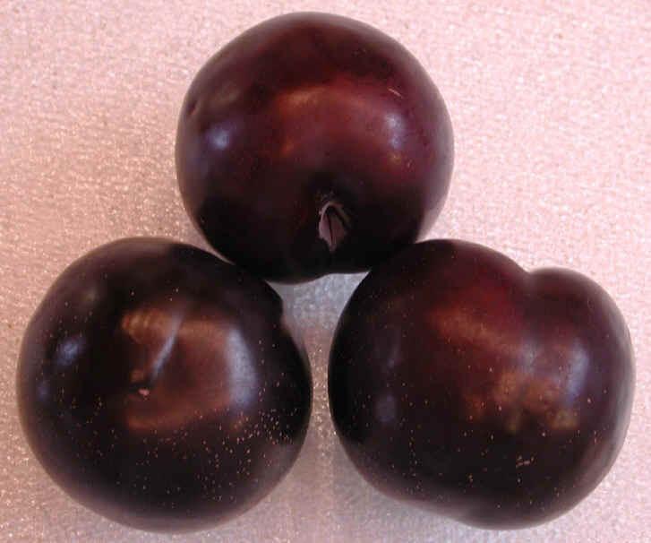 I-plums-black